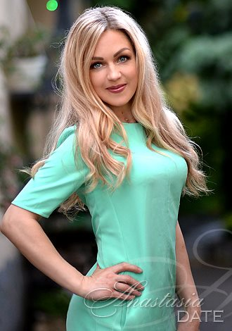 Gorgeous girls only: Irina from Kharkov, romantic woman from Ukraine